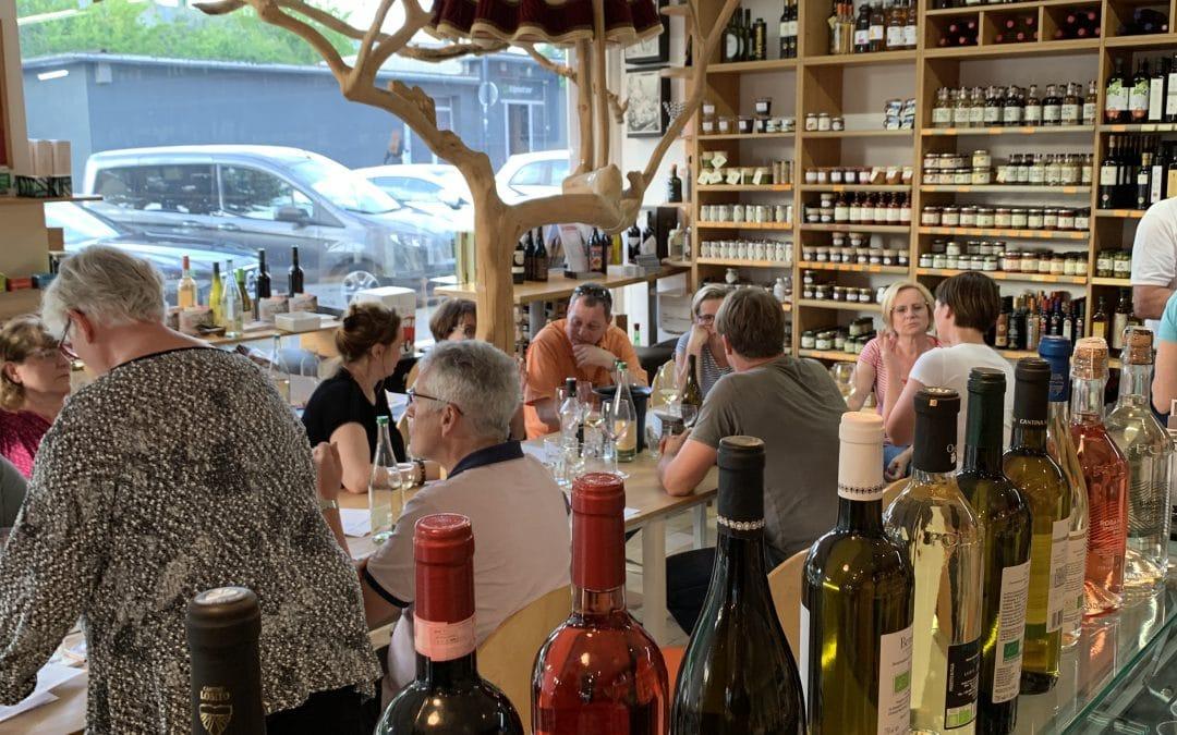 Italienische Sommerweine im Laden für Genießer